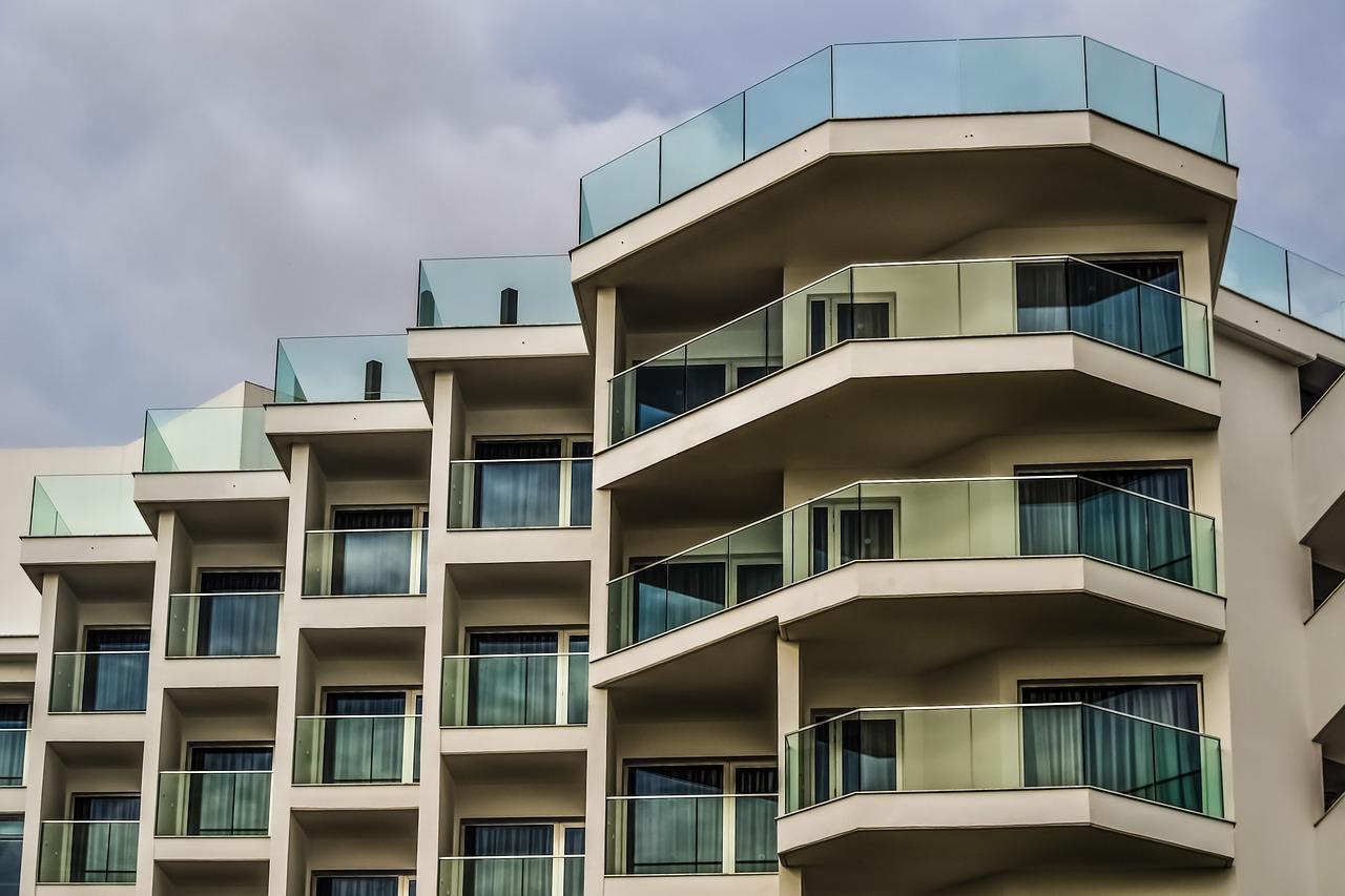 共有名義マンション売却のイロハをプロが解説!流れや注意点、費用や税金・確定申告も教えます